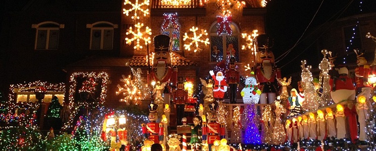 Dyker-Heights-Christmas.jpg