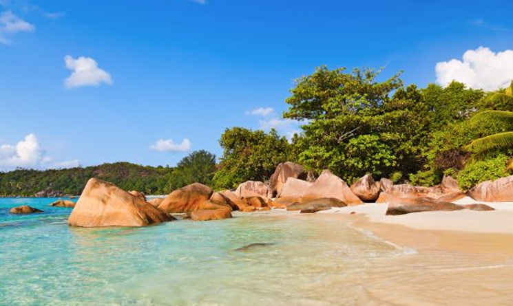 The 7 Most Exquisite Beaches in the World - Anse Lazio