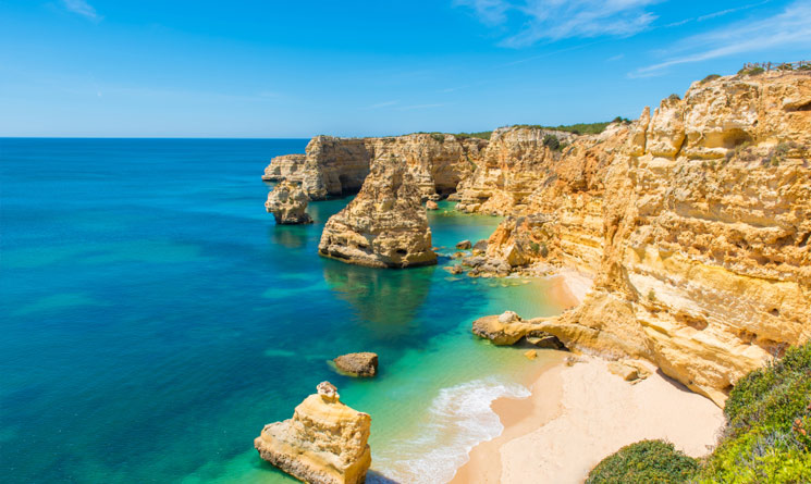 The 7 Most Exquisite Beaches in the World - Baia Do Sancho