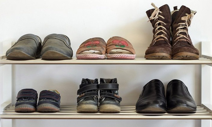 What Not To Pack: Too Many Shoes
