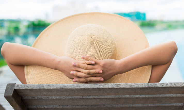 What Not To Pack: Obnoxious Oversized Sunhats